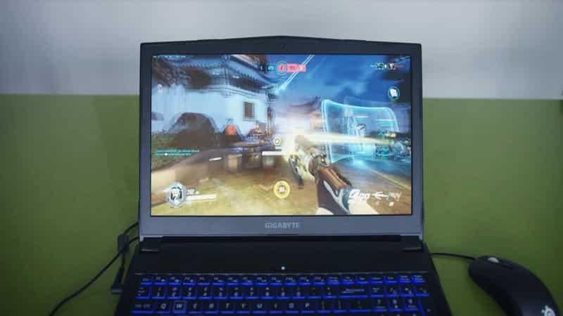 Hard Drive dalam Membeli Laptop Gaming