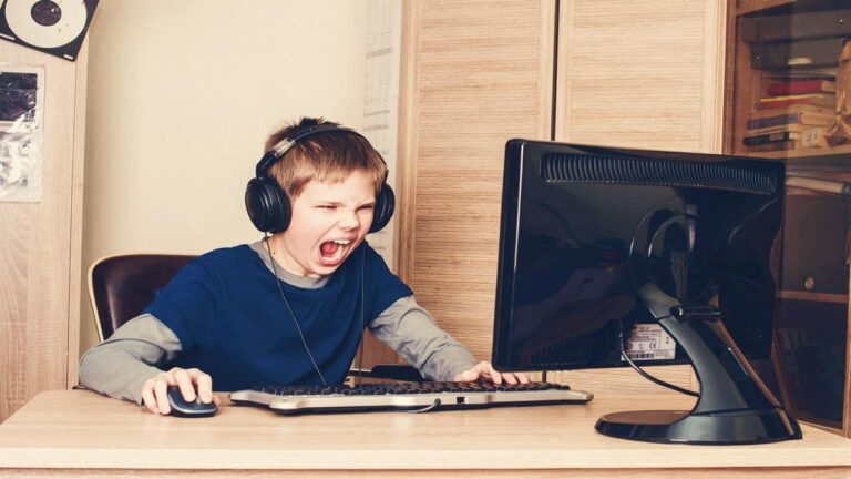 7 Hal yang Hanya Dialami Oleh Para Gamer PC